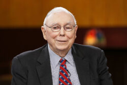 Top Books Recommended by Charlie Munger 2021